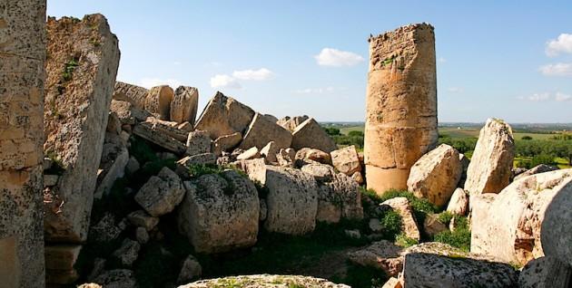 Temple ruins at Selinunte