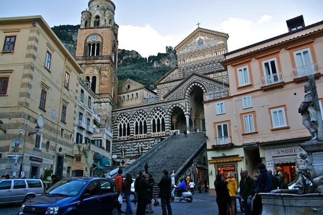 Amalfi's piazza