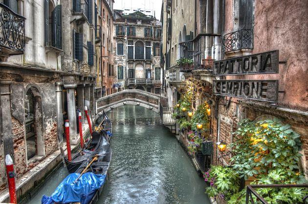 Venice Grunge HDR