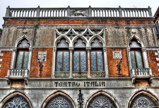 Venice Teatro Italia HDR