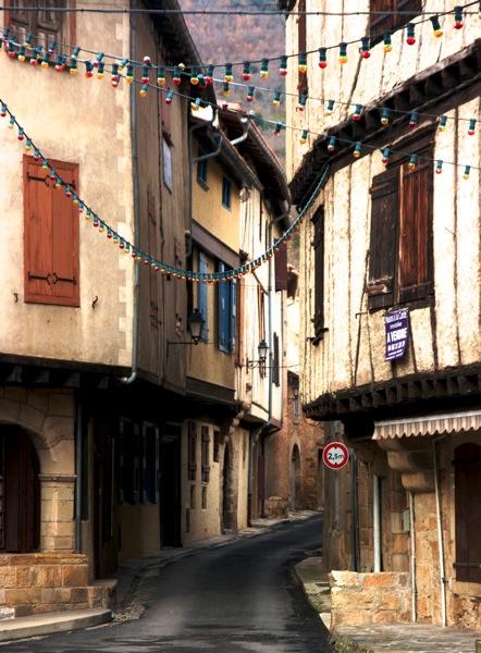 Alet-les-Bains alley