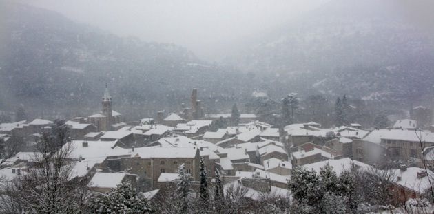 Alet-les-Bains in the snow