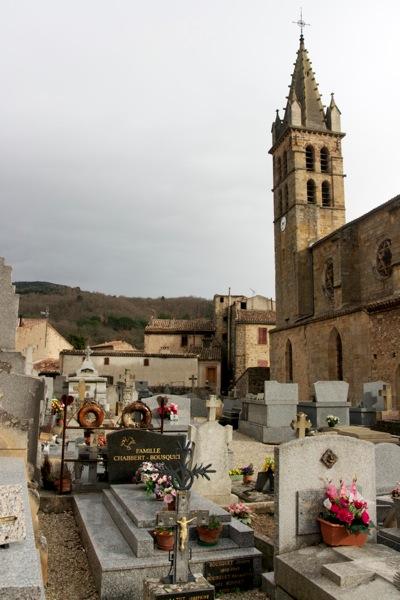 Alet-les-bains churchyard